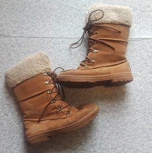 {Bearpaw} Suede Winter Boots